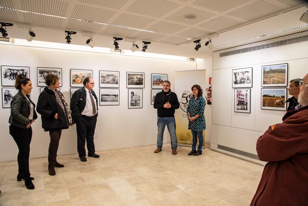 """Inauguració exposició """"Retrospectiva de Cerdanyola"""" a la sala Elisa Arimany"""