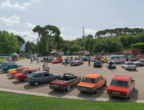Passada cotxes històrics a Cerdanyola